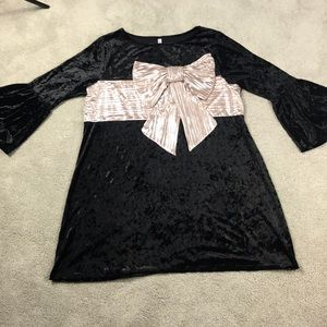 Xhilaration XXL Black Crushed Velvet with BIG BOW